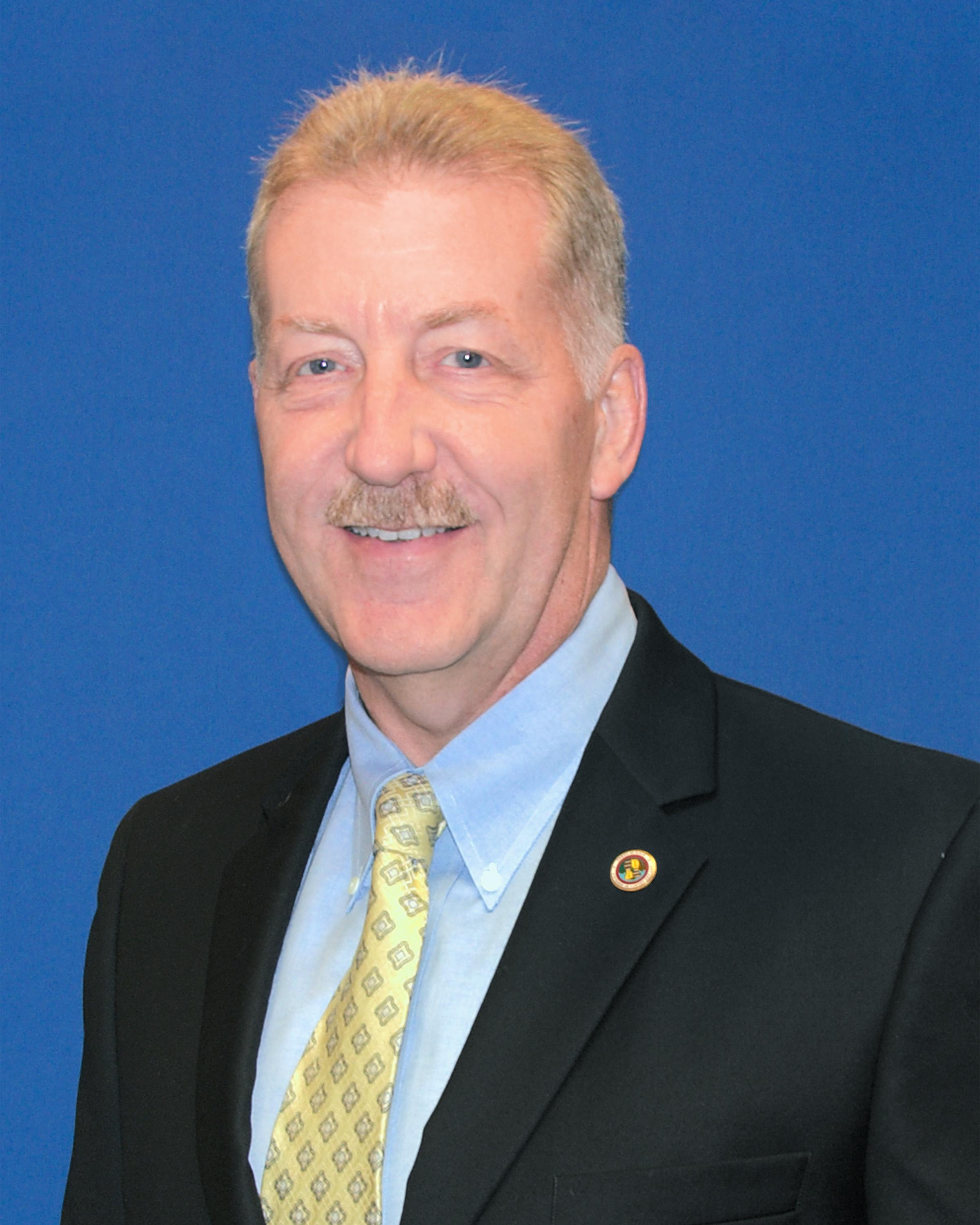 Mayor Carlisle's Official Photo