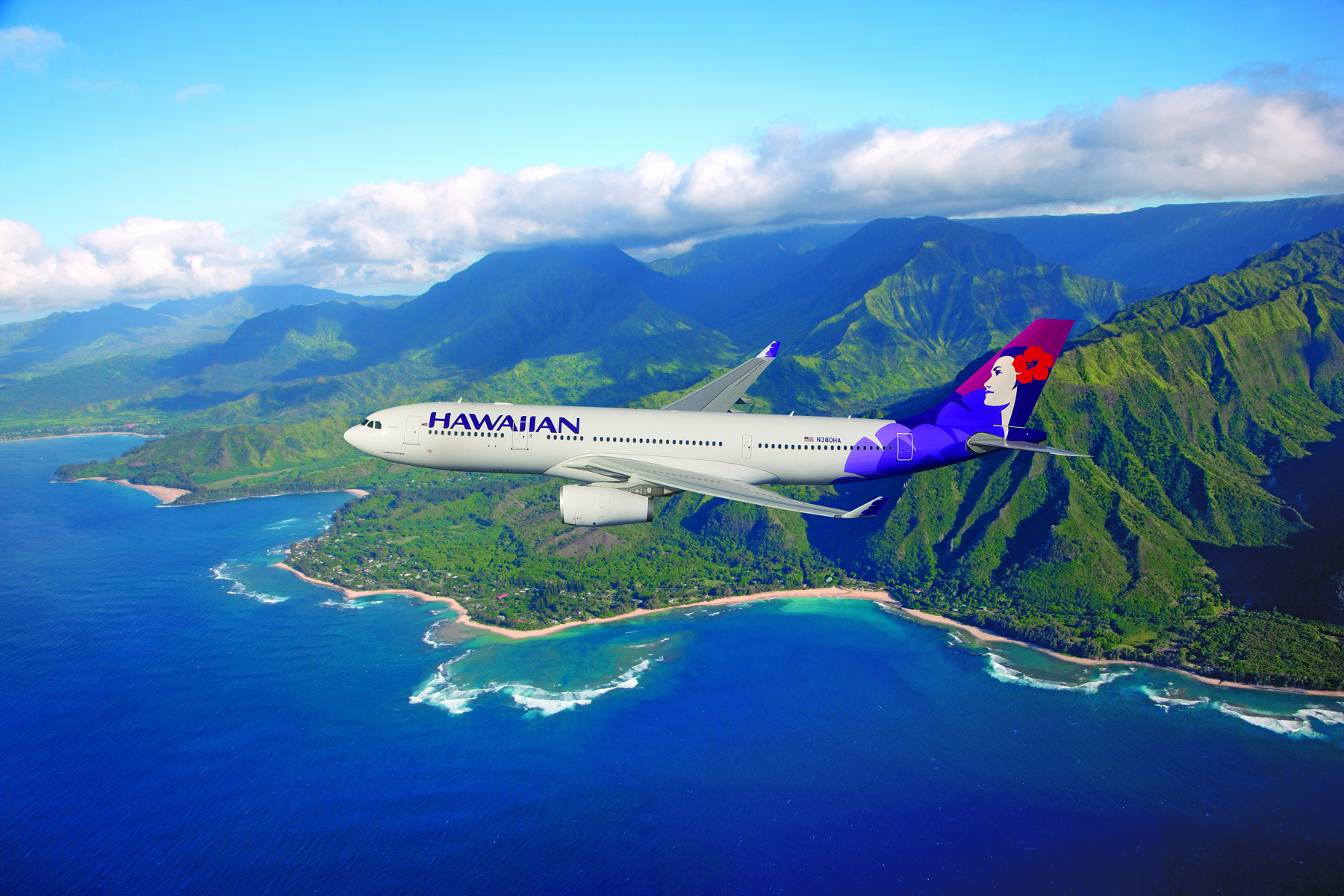 Hawaiian Airlines Celebrates 90th Year of Service with Giving Campaign