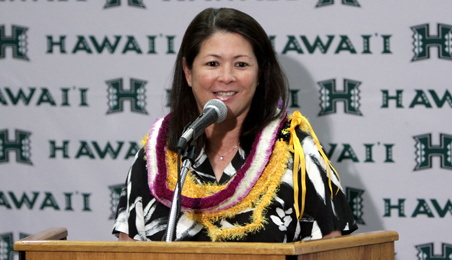 Attend a free soccer camp this weekend with UH Woman's head soccer coach Michele Nagamine. Photo courtesy of http://hawaiiathletics.com